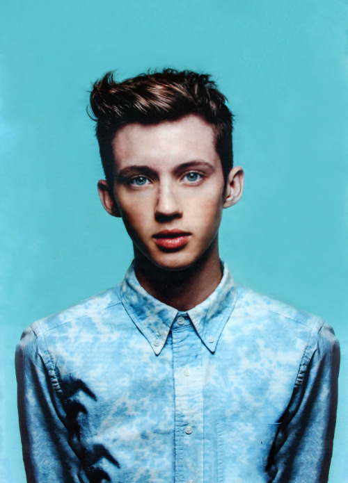 Jasper's Purchase Of The Week - Troye Sivan / Coldplay / Lilith Ai / Ritual